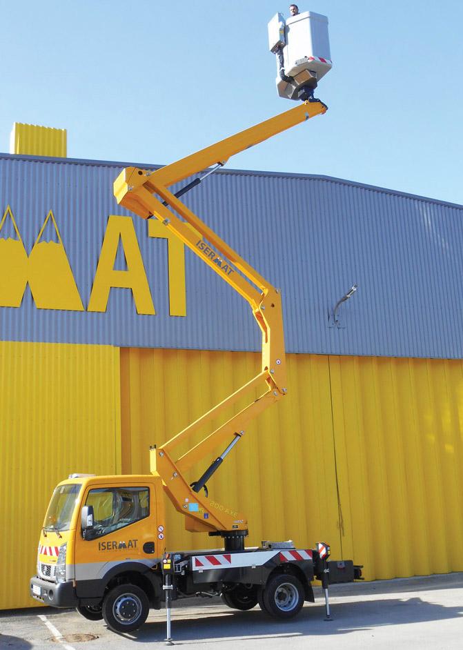 Nacelle télescopique sur camion 16 m
