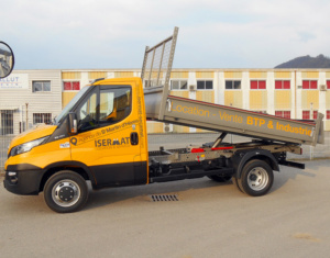 Camion benne double cabine