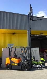 Chariot industriel diesel 2,5 T